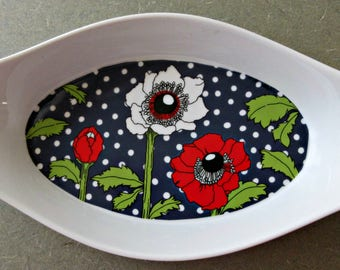 Vintage Ovenware, Georges Briard, Polka Poppy Dish, Casserole Dish, 1970s Floral Baking Dish, Red Flowers and Polka Dots, Retro Kitchen