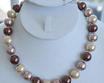 "ON SALE Pretty Vintage Shades of Brown Large Faux Pearl Beaded Necklace, Adjustable, 16""-19"""