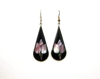 Black Teardrop Earrings Abalone Shell Inlay Alpaca Earrings Vintage Silver Earrings Hippie Boho 1980s Mexican Hook Earrings Made in Mexico