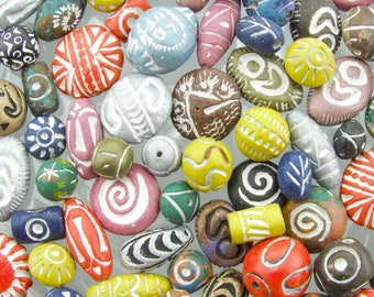 28mm to 8mm Assorted Shapes and Sizes Color Mixed Clay Beads - 100 Grams (AS5) SE