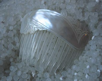 Carved mother of pearl hair comb, vintage hair comb, beach wedding