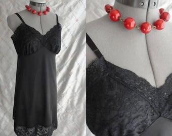 50s 60s Slip //  Vintage 50's 60s Black Lace Slip by Van Raalte Size 34