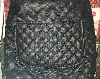 Bkack leather-like purse