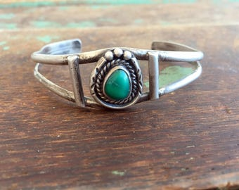 Vintage Native American Green Turquoise Sterling Silver Cuff Bracelet
