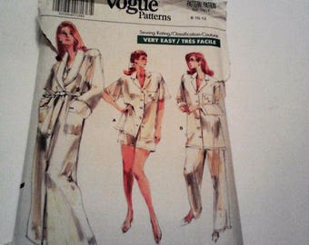 Vogue 7054 Very Easy Vintage Robe, Top, Pants and Shorts  Copyright 1987 Size 8-10  USED