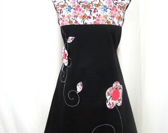 Kyriu dress with flowers