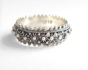 Unique Sterling Silver granulation technique band ring / silver 925 / Bali handmade jewelry / request your size ! (#721m)