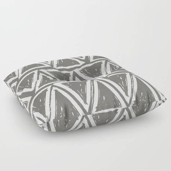 Warm Gray floor cushion - Round cushion - Mud Grey Pillow - Round pillow - Floor pillow - Geometric pillow - 26 inch pillow - 30 inch pillow