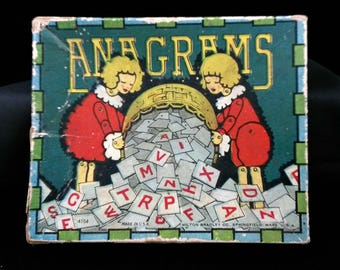 Vintage c1920s Milton Bradley Company Game of Anagrams #4164 Paper Tiles