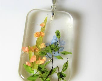 Gladiolus and Forget me not, , Pressed Flower Pendant, Real Flower Necklace, Resin,  Pressed flower jewelry  (3063)