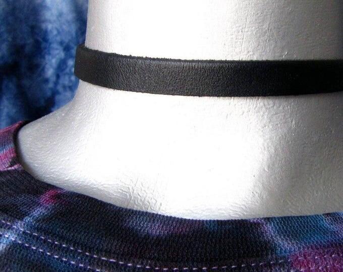 10mm Thin Plain Black Leather Choker