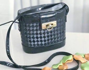 40% OFF Christmas in July Vintage Black Patent Vinyl/Vegas Box Purse -- Shoulder Bag -- Adorable -- Retro