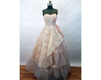 1950s gown strapless prom dress pink blush lace dress tiered cupcake asymmetrical Cotillion Size S