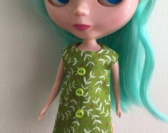 Green Garden Vine Mod Shift Dress for Blythe