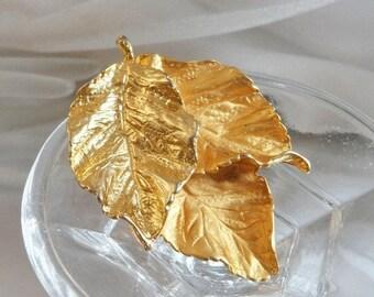 SALE Vintage Triple Leaf Brooch. Satin and Shiny Gold Tone Leaves Pin. Hinged Leaf Brooch