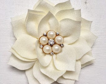Ivory Poinsettia flower, 3 inch, flower hair clip, cream hair clip, girl hair clip, girl hair bow, hair accessories, hair clips for girls