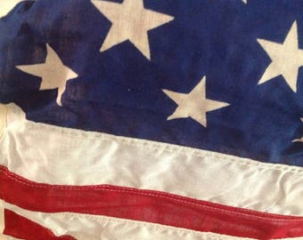 Valley Forge Flag Vintage ~ Pioneer Grade 3f x 5ft ~ Old Flag With Pole ~ Holiday Flag ~ United States Flag ~ Porch Flag Vintage