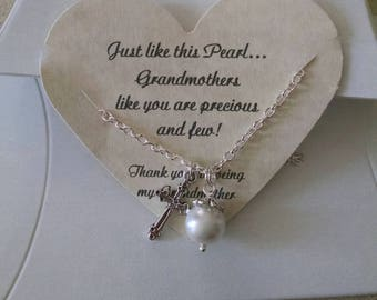 Grandma Gift, Grandmother Gift, Grandma Necklace, Grandma Jewelry, Grandmother Wedding Gift, Pearl Necklace, Godmother Gift