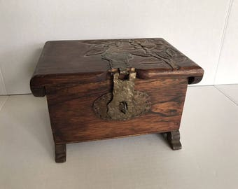 VTG Rustic Hand Carved Floral Flower Wood Treasure Trinket Recipe Jewelry Box