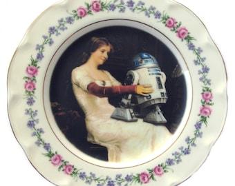 """R2-D2 Renaissance Portrait Plate 6.5"""""""