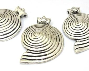 3 Pendants - Tibetan silver spiral coil tribal shield shape pendant - CP112s
