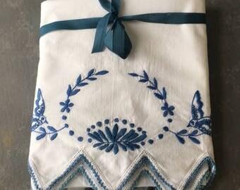 Vintage pillowcases, set, white blue, cotton,. bluebird, embroidered