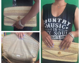 Straw Clutch Purse //  Brown Striped Clutch with Wooden Button // Straw Purse