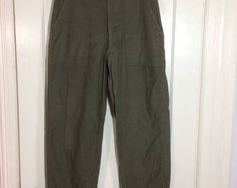 1970s Vietnam 4 pocket button fly US Military field cotton sateen utility trousers 32X31, measures 31x28 Army green OG 107 baker pants #117