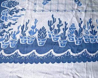 White & Blue Succulent Flowerpot Tablecloth Linen