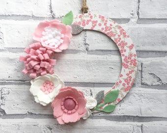 Pink Floral Wreath, Door Wall Wreath Art, felt flowers