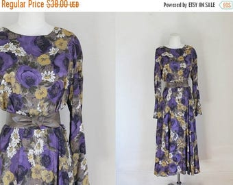 AWAY SALE 20% off vintage floral dress - POSY rayon 80s does 40s day dress / M
