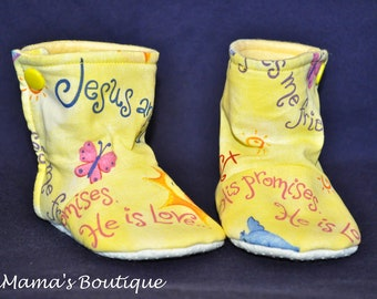 3-6M Jesus and Me stay on booties/crib shoes/Spiritual/Religious/Spring/Easter/Yellow booties/Canadian made/Handmade/Anti-skid booties/Baby