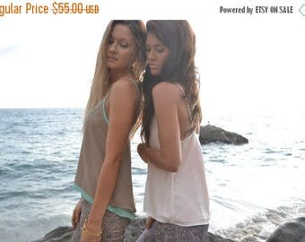 35% OFF DEMI Flow Top  /// Reversible  /// Poly Blend Taupe & Turquoise