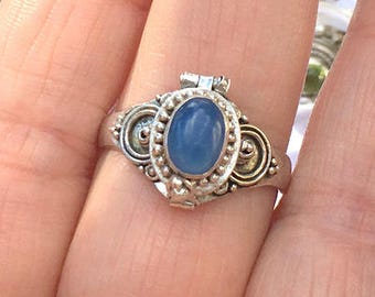 Sz 9, Vintage Poison Ring,Blue Agate, Sterling Silver Ring, Medieval Design,Neo Victorian Pill Box Ring,Cremation Ring,Compartment Ring
