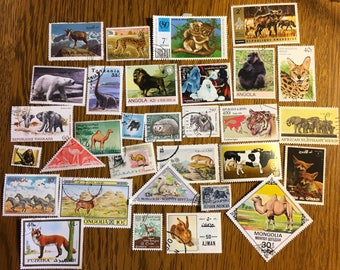 30 Animal Used World Postage Stamps for crafting, collage, cards, altered art, scrapbooks, decoupage, history, collecting, philately 2c