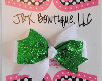 St. Patty's day bows, glitter hair bow, hair clip, green hair bow, girl hair bow, baby bow, toddler hair bow, St. Patrick's day hair bow