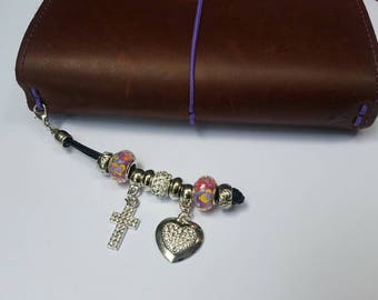 Cross charms, crucifijo, heart charms, travelers notebook, planner accessories, travelers notebook accessories, charms, planner charms