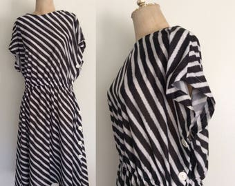 1980's Striped Cotton Poly Dress w/ Button Up Side Plus Size Vintage Dress Size XXL XXXL 3XL by Maeberry Vintage