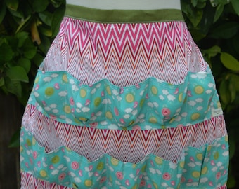 Sweet Apron for Collecting Eggs with Chevron Print