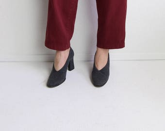 VINTAGE Gray Heels 1990s Fuzzy Fabric Pumps Size 7