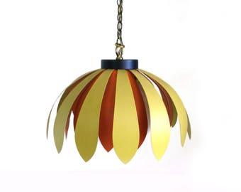 Vintage Daisy Hanging Lamp
