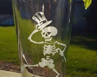 Grateful Dead Dancing Skeleton Glass Etched Pilsner Glass or 22 oz Beer Mug Dead Head