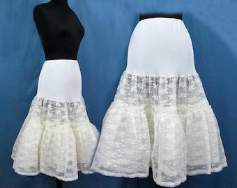 1950s crinoline slip - 8 layers of tulle - full lace and nylon petticoat - S-M