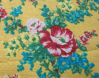 Vintage French Fabric Country Cottage Roses rembrandt tulips floral bouquets 30s