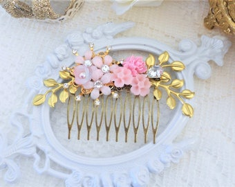 SALE, 50% OFF, Gold Hair Comb, Floral Hair Comb, Assemblage Hair Comb, Wedding Headpiece, Gold Leaf Comb, Collage Hair Comb, Vintage Bride