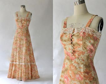 1970s Floral Maxi Dress // 70s Vintage Long Cotton Lace Trim Prairie Dress // This is Yours San Francisco // XS - Small