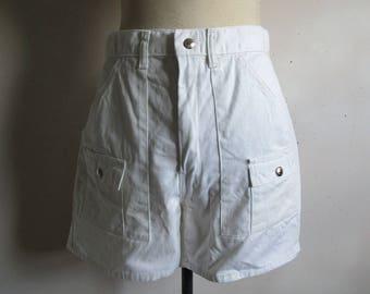 Vintage 70s Mens Shorts White Cotton Tennis 1970s Old School Shorts W32