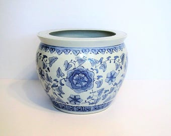 Vintage Chinoiserie planter/blue and white planter/large Asian planter