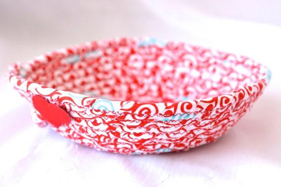 Red Gift Basket, Artisan Fiber Basket, Handmade Coiled Key Holder, Bridal Shower Favor Gift, Hair Tie Clip Holder, Ring Dish