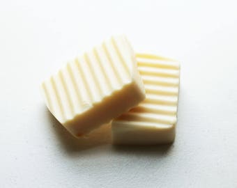 Sweet Lemon Soap - Scented Soap - Natural Handmade Cold Process Olive Oil - Soybean Oil - Valentines Day